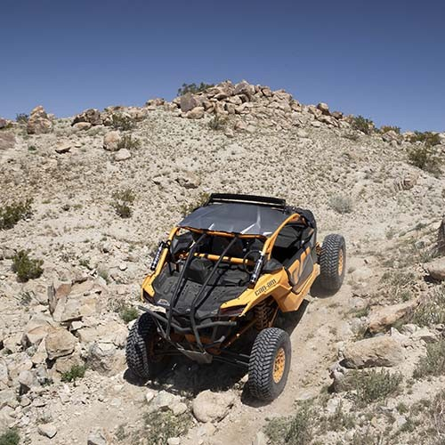 Maverick-X-rc-Rear-View-Rocky-Trail-2-1-83d.jpg